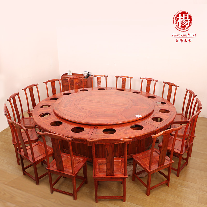 豪华宴会餐桌