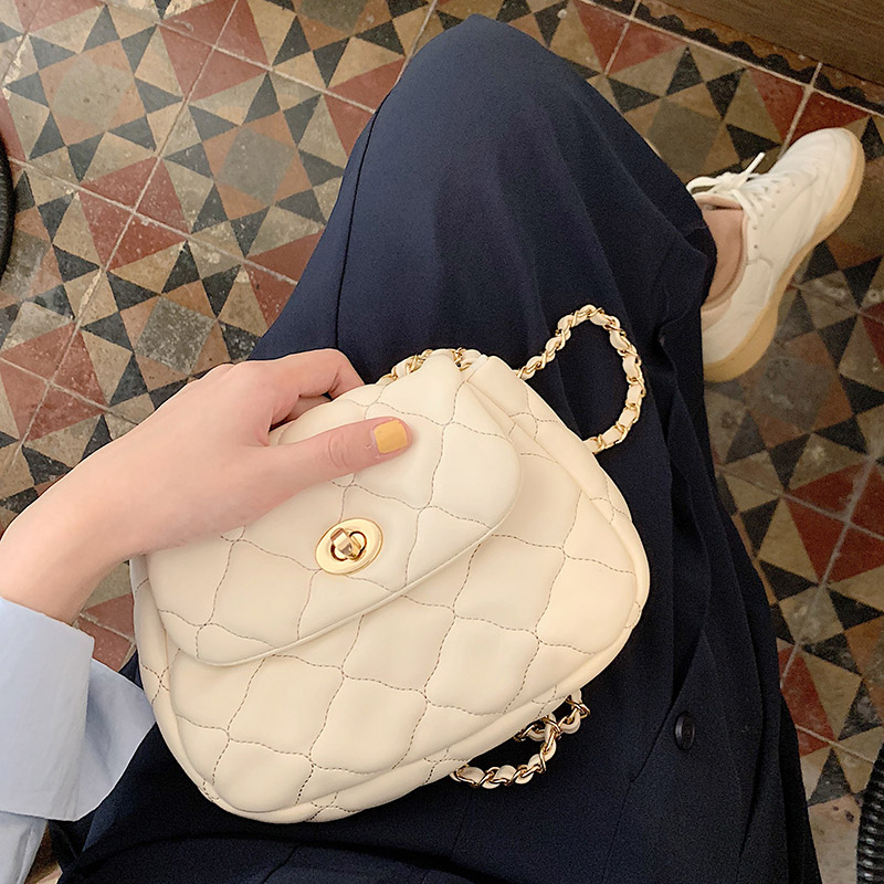 女包2019韩版新款时尚菱格链条包云朵包简约百搭ins单肩斜挎小包