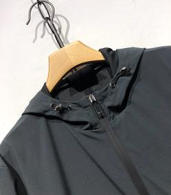 专注~只为好货!经典大气的爷们款~酷炫!防风防水轻保暖户外夹克