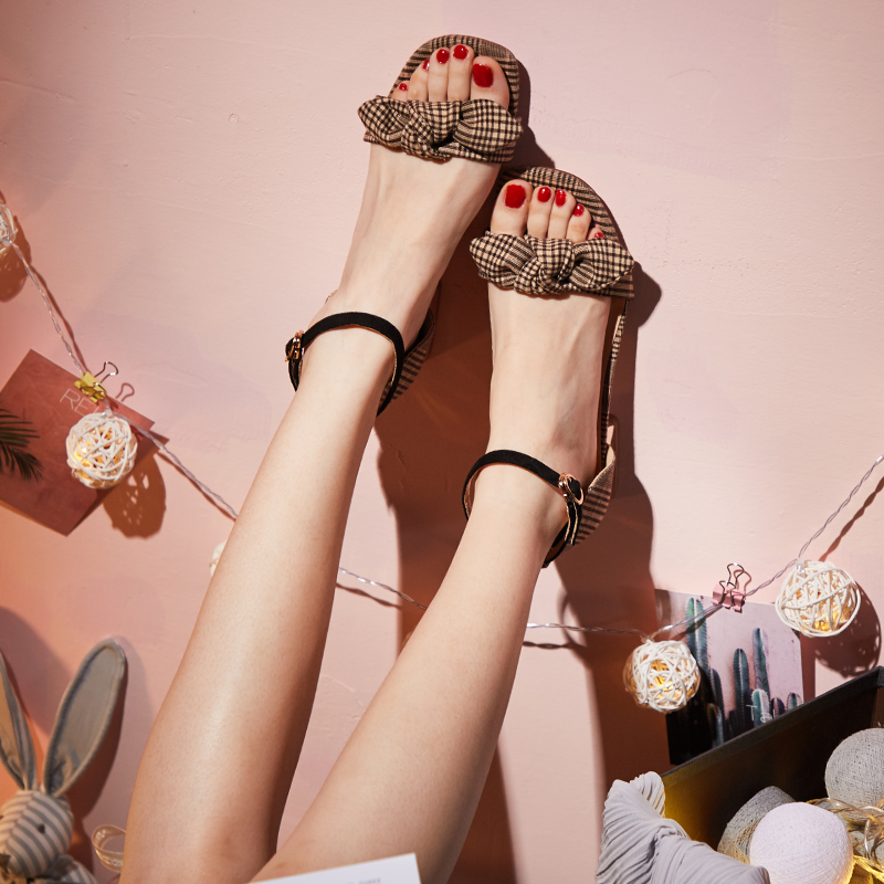 高跟鞋凉鞋蝴蝶结