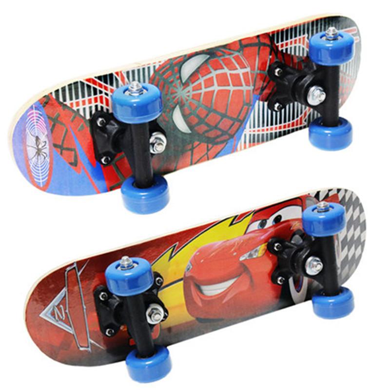 梦尔颂儿童四轮滑板双翘板双面卡通图案初学青少年男女专业滑板车