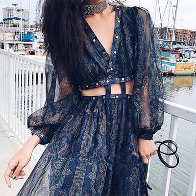 2018春夏新款波西米亚气质V领漏腰泰国海边度假沙滩裙长裙连衣裙