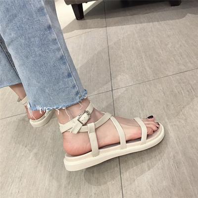 夏季新款罗马凉鞋女平底一字带扣韩版百搭软底简约套趾黑色沙滩鞋
