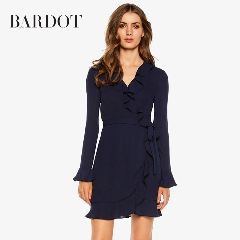 Bardot2019春夏 V領荷葉邊喇叭袖中長款長袖連衣裙51792DB1圖片