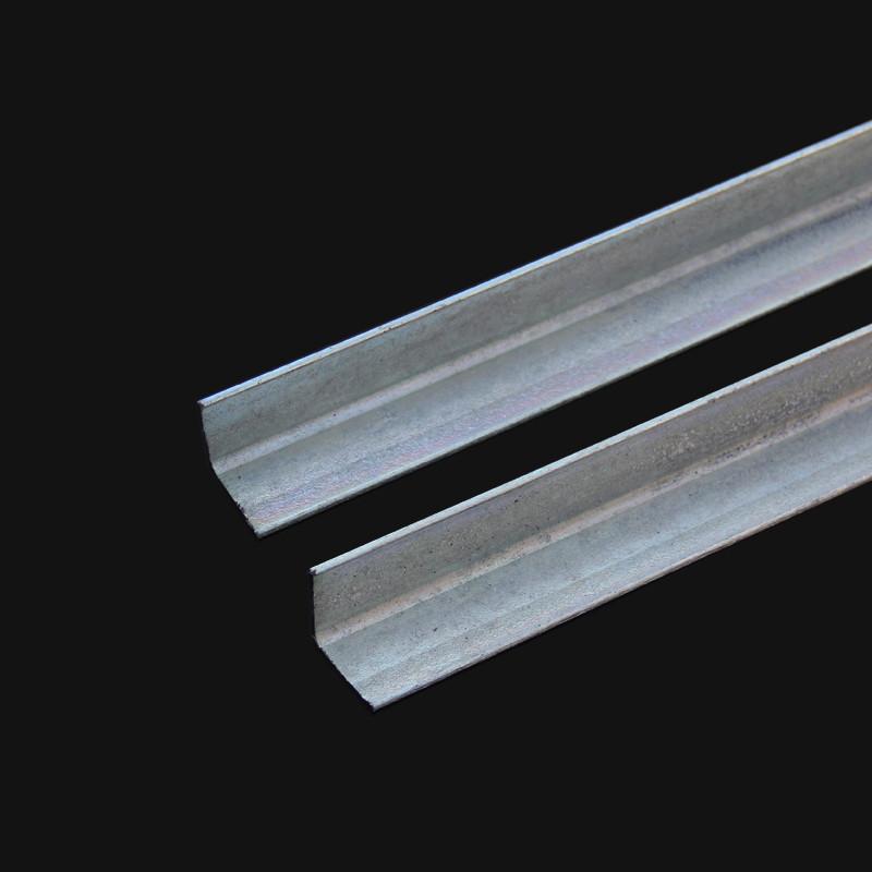 忠鑫角钢40*40*3.0mm4号双边冲孔角铁  光伏角钢镀锌货架角铁