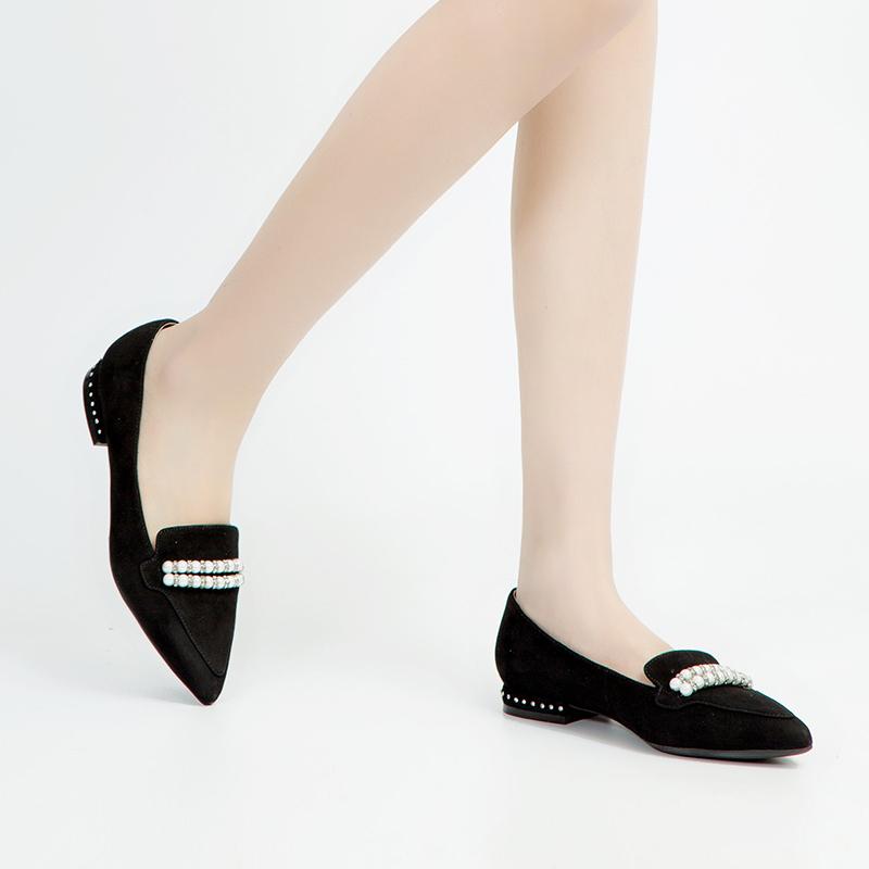 A8116666 春季新品商场同款珍珠低跟女鞋单鞋 2018 千百度 C.BANNER
