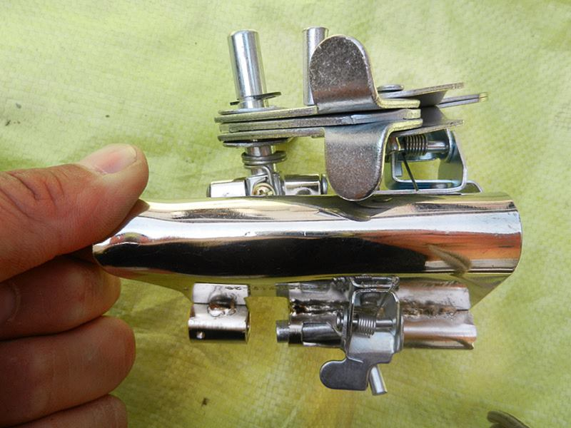 热卖加厚型安全绳自锁器高空作业自锁攀登缓降器安全带挂锁器