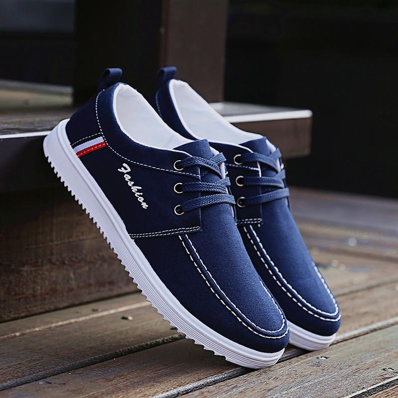 低帮男生运动鞋