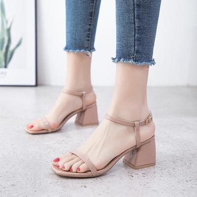 明星同款凉鞋女2019新款夏季韩版百搭仙女风一字扣带粗高跟罗马鞋