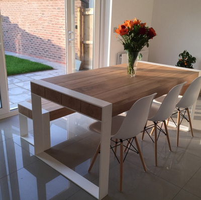 铁艺实木餐桌复古餐桌椅组合北欧美式奶茶店咖啡厅桌椅饭桌电脑桌品牌资讯