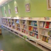 幼儿园儿童图书室墙壁立体书架靠墙书本架绘本架展示柜子白色书柜图片
