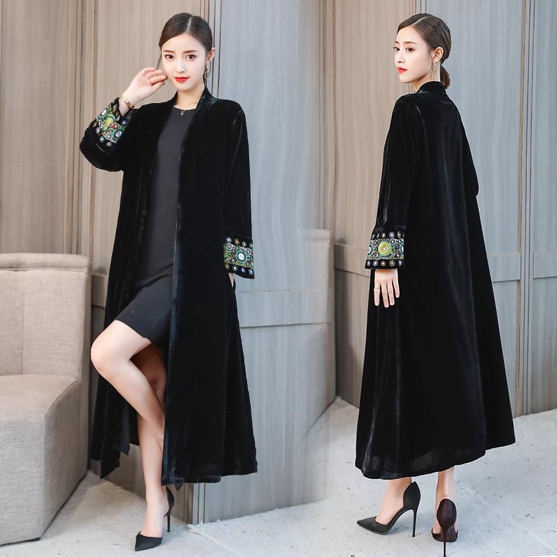 Velvet trench coat ladies over the knee coat plus velvet thickening national wind large size loose coat autumn