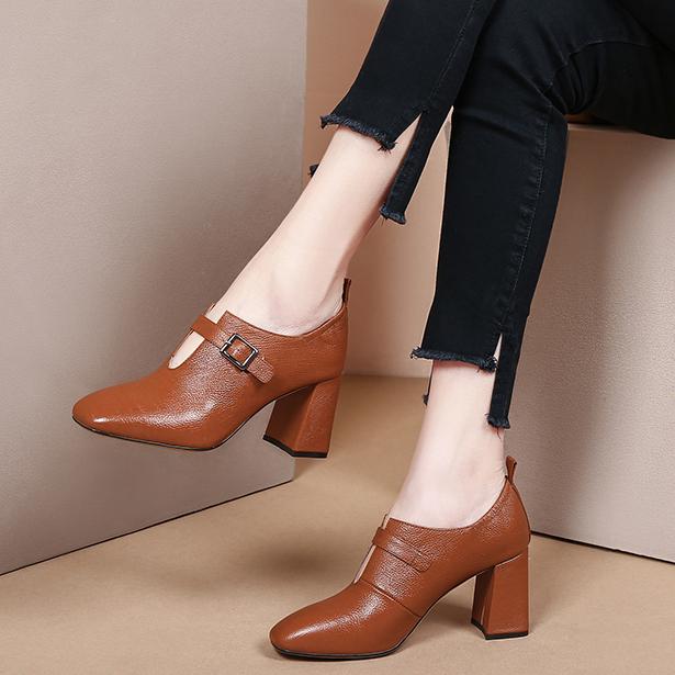新款女鞋冬真皮粗跟