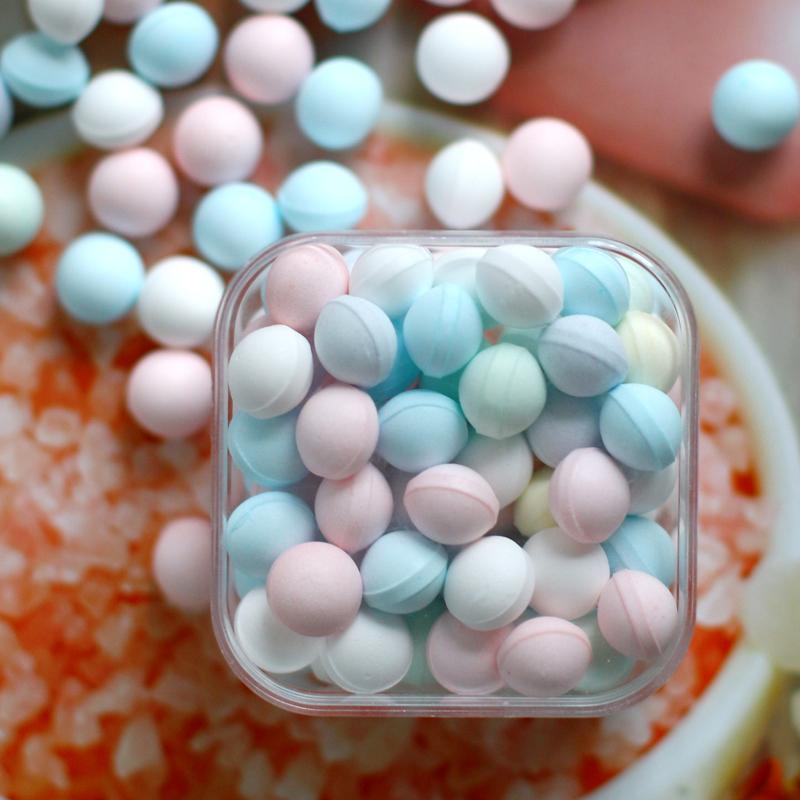 吐息网红清新口气薄荷糖体香体糖女生持久约会接吻糖果礼盒装散装