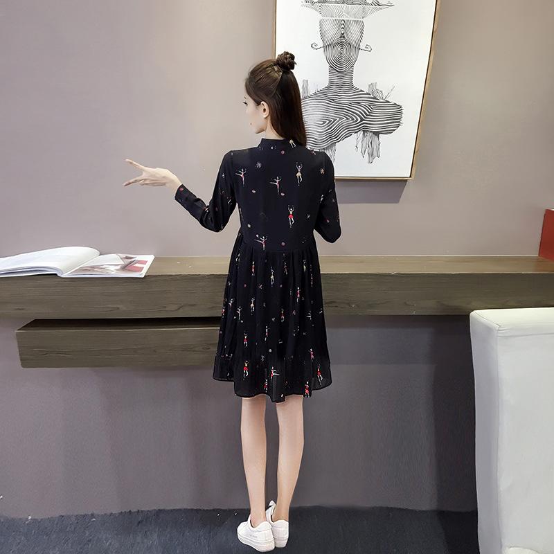 孕妇连衣裙3-9个月秋冬季潮妈中长款雪纺a字裙2018新款孕妇装春装