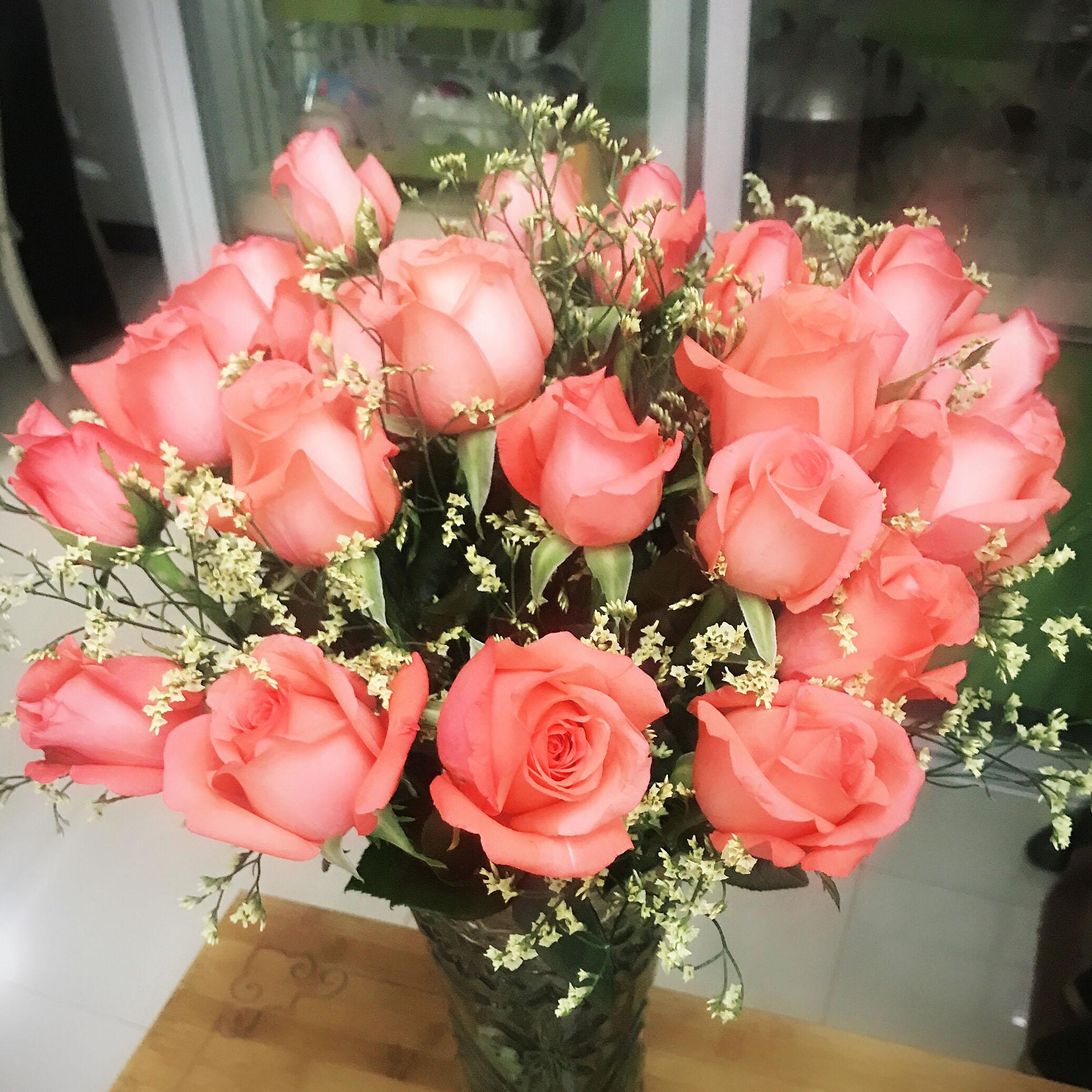 世界鲜花云南新鲜红玫瑰花束多色速递到家玫瑰结婚生日情人节礼物