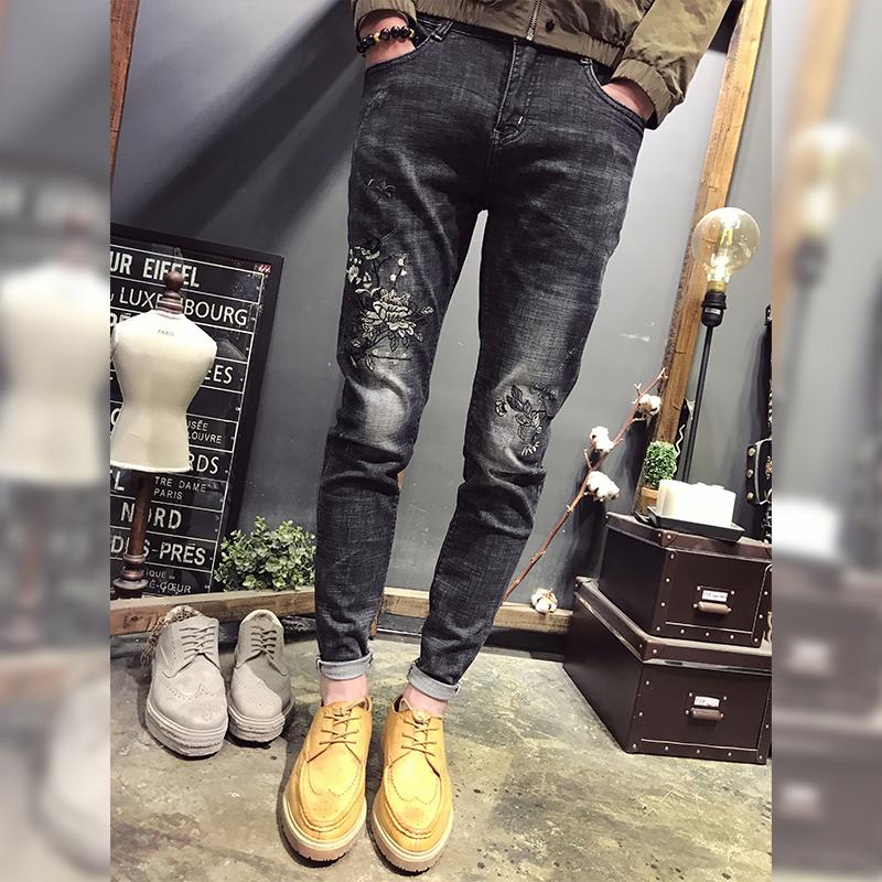 春装怀旧牛仔裤