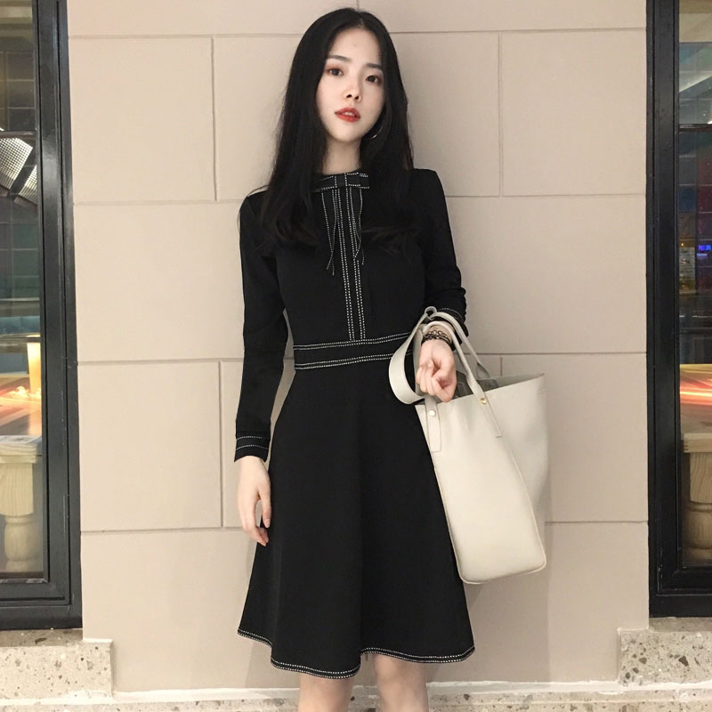 显瘦秋连衣裙