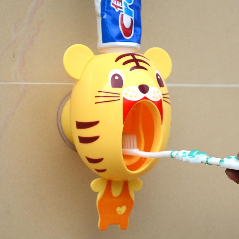 卡通壁挂全自动自动挤牙膏器牙膏器壁式牙刷架可爱单个套装儿童
