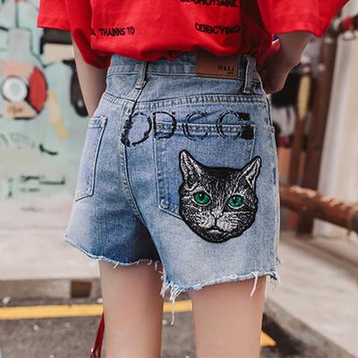 2018夏季新款明星同款牛仔短裤女高腰字母印花刺绣猫头牛仔热裤潮