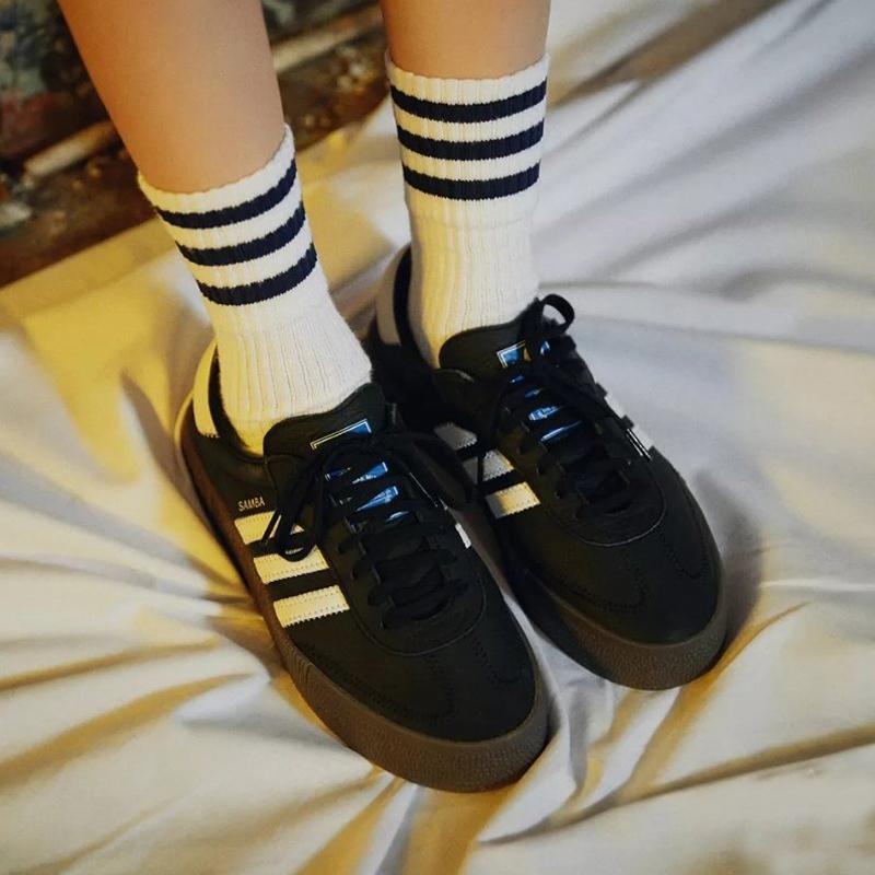 阿迪达斯女鞋三叶草SAMBAROSE 厚底增高复古松糕鞋休闲板鞋AQ1134