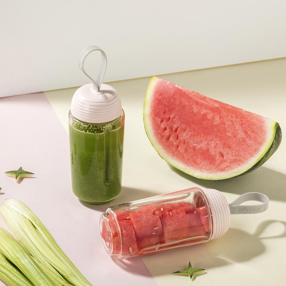 小熊榨汁机网红榨汁杯便携式搅拌杯家用小型电动料理机水果汁电器