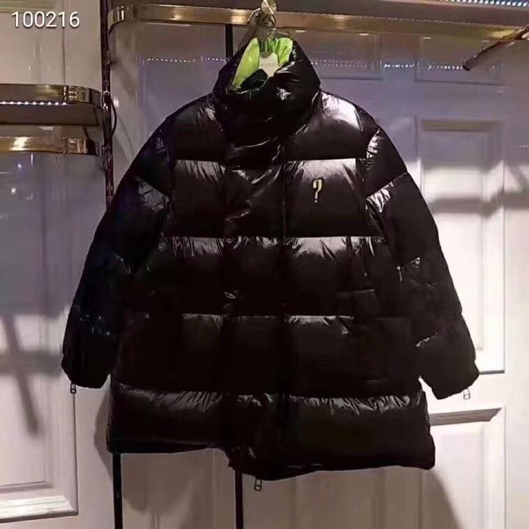 国内代购太平鸟女装2018冬装新款轻薄羽绒服女短款立领宽松外套