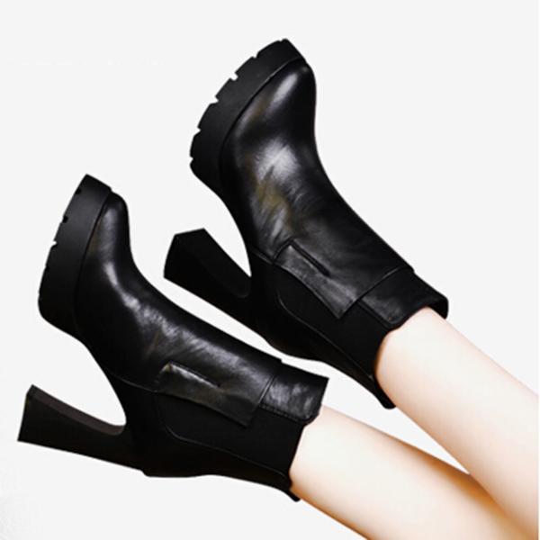 防水台真皮女短靴