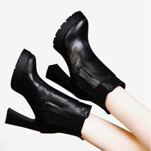 2019新款网红短靴春款粗跟高跟单鞋防水台马丁靴真皮女靴春秋单靴图片