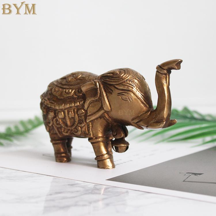 黄铜招财象摆件装饰 反面效果