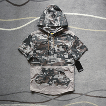 American Skateboard Hip Hop street Tide brand mens wash stitching loose camouflage hooded half-sleeved charging clothes jacket