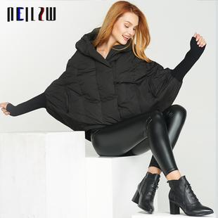 欧美2017冬季女装新款大牌宽松轻薄短款蝙蝠袖斗篷连帽羽绒服外套