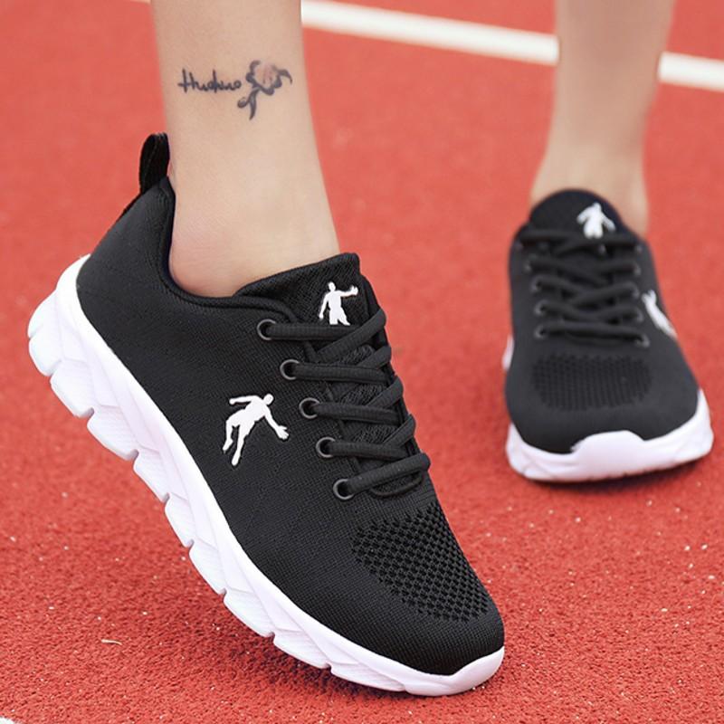 乔丹女鞋运动鞋女跑步鞋2019夏季新款网面透气休闲鞋女旅游鞋鞋子