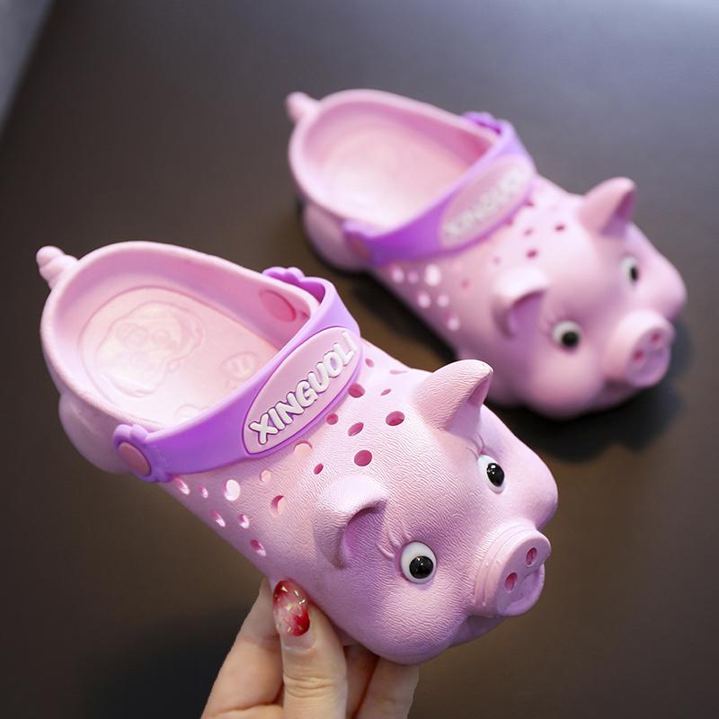 儿童洞洞鞋夏男女童宝宝卡通凉拖鞋软底防滑小中童居家小猪沙滩鞋