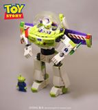 Brand new boxed spell plug-in building blocks Toy Story 4 Buzz Lightyear hand-made educational toy doll ornaments