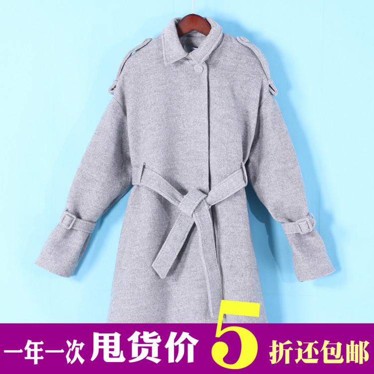灰色廓形毛呢外套