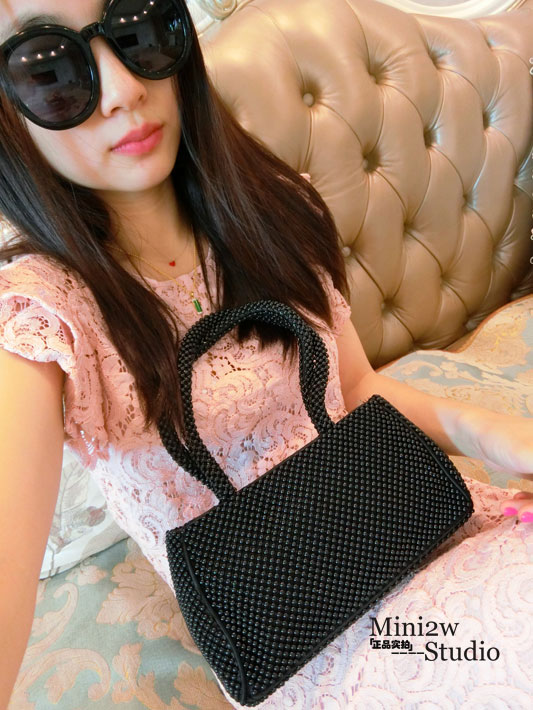 2017 autumn and winter new bag retro beaded small bag pearl clutch sequins