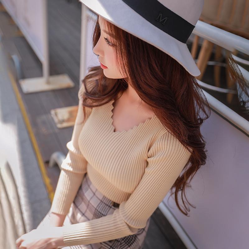 多色长袖针织衫