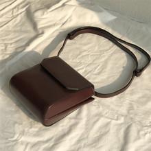 韩版小众设计包女秋冬新款复古小方包 网红小黑包简约单肩斜挎包