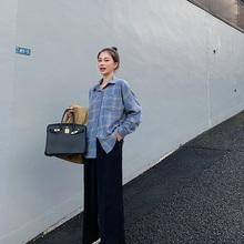 2019新款 休闲百搭显瘦衬衣外套 韩版 格子衬衫 EKOOL宽松长袖 女秋装图片