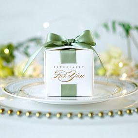 密语森林烫金绿白色喜糖盒欧式复古婚礼小号糖盒简约婚礼喜糖