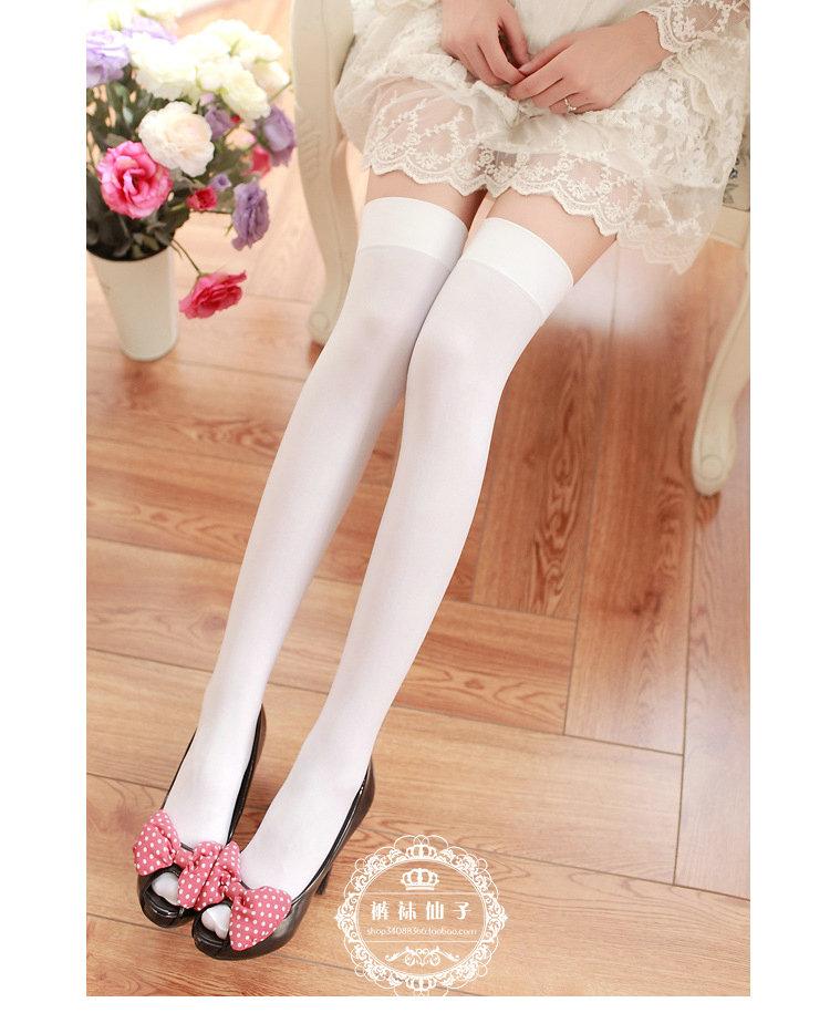 白色大腿袜