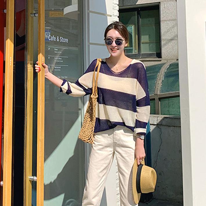 韩国代购女装2019春款韩版时尚条纹拼色长袖薄款套头针织衫罩衫女