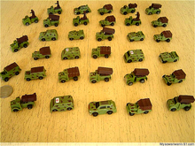 Military static nostalgic toy mini pioneer model field chariot military vehicle 1 / 72 puzzle match
