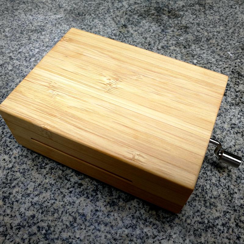 刻字音乐盒八音盒创意情侣礼物DIY音手摇电动纸带谱曲机芯30韵升