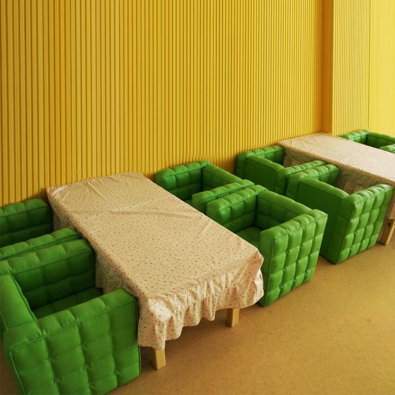 儿童餐厅沙发