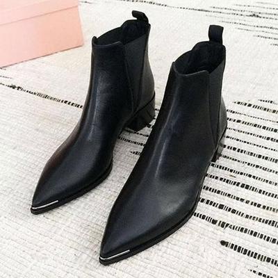 与格短靴女秋冬2017新款切尔西靴中跟尖头粗跟英伦风马丁靴