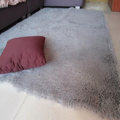 现代简约丝毛地毯性价比高吗