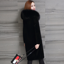 New sheep-like fur coat, medium and long Haining fox-like cap, thick coat and large size woman