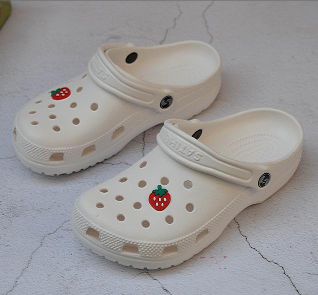 夏季女凉鞋洞洞鞋防滑沙岸鞋厚底白色护士鞋工作鞋特大码41-42-43